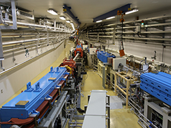 Branch point of the synchrotron (left) and SSBT (right)